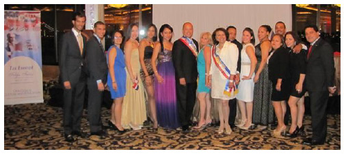 Honorees, faculty and students of Hostos Community College.