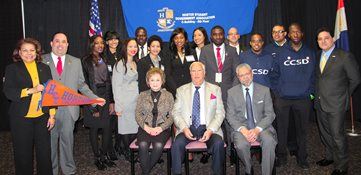 Hostos President David Gomez and the participants of the annual Somos El Futuro Conference