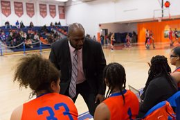 Head Coach DeVernie Winston